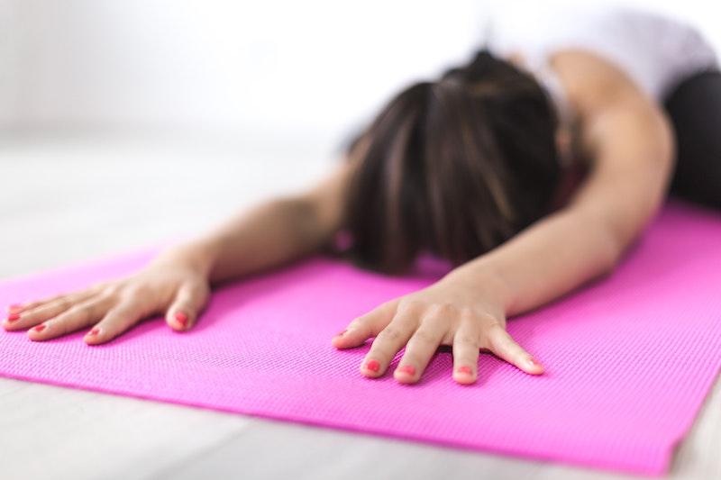 grocery-bag-yoga