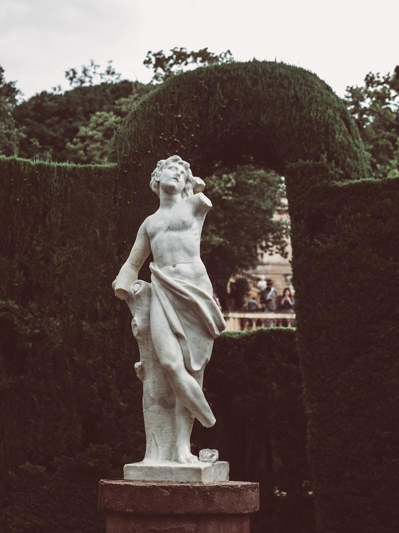 tootsie-roll-sculpture