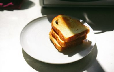 bobbing-for-toast