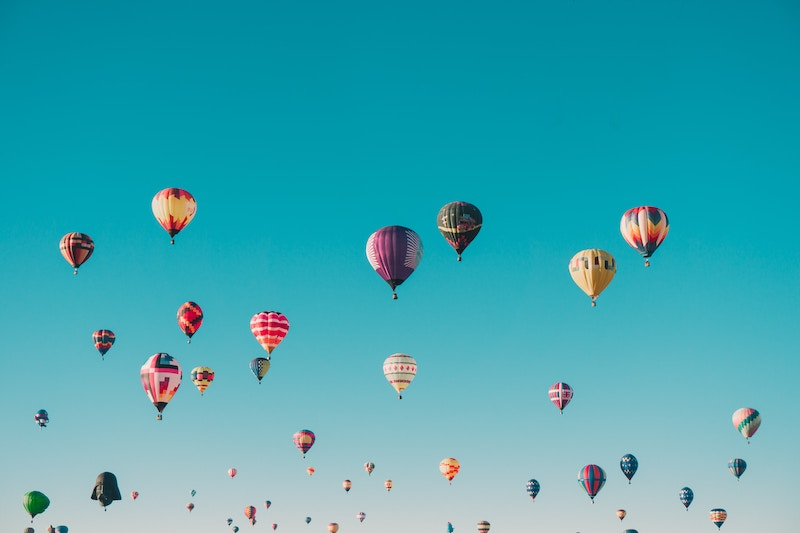 traveling-musical-balloons